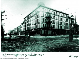 Palmer House, NW corner King & York ca 1910 (CTA)