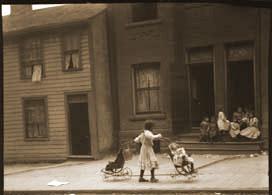 Ward Children, Courtesy Ontario Archives I0000553