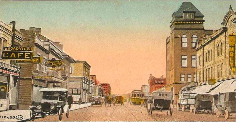 Toronto-broadview-queen-cafe-wagons-cars-early